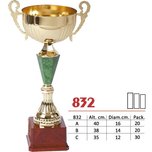 Copa Color Plateado/Dorado/Verde Diseño Tradicional Modelo Nº832