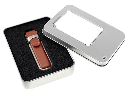 Pendrive 4GB de Metal y Cuero